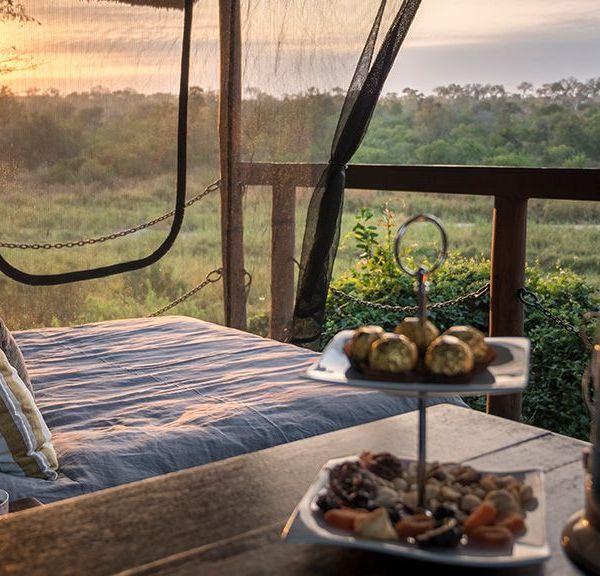 Jock Safari Lodge Sunset Day Bed