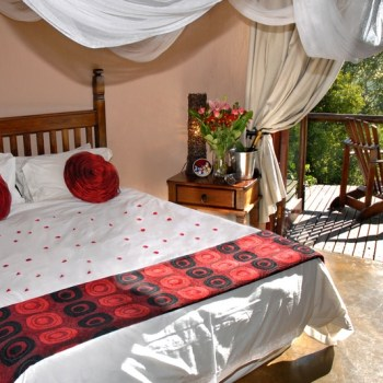 Manyatta Rock Camp Honeymoon Suite Bed