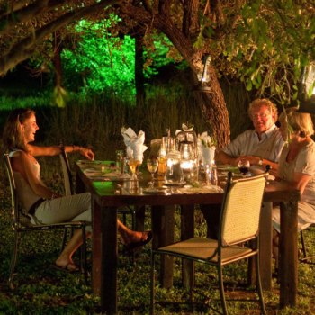 Monwana Game Lodge Evening Family Dinner