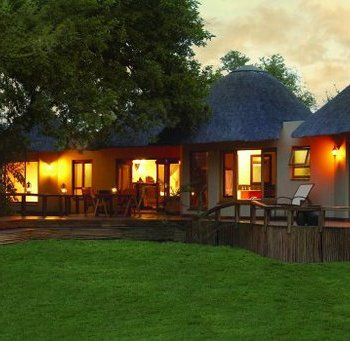 Monwana Game Lodge Exterior