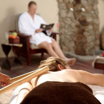 Thornybush Game Lodge Amani Spa Bamboo Massage in Couples Room