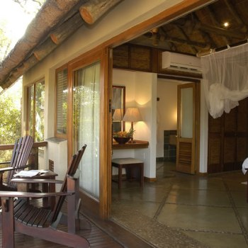 Thornybush Game Lodge Luxury Suite Deck