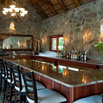 Kitara The Bar and Lounge