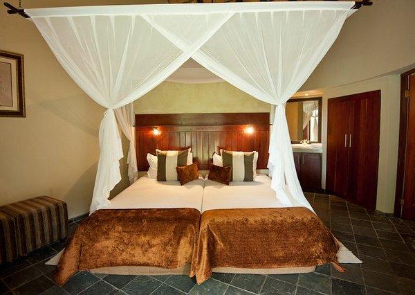 Nyeleti Double Bed Room