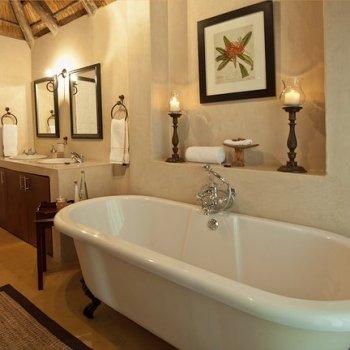 Nzumba Interior Bathroom