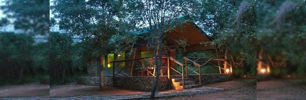 Baluleni Safari Lodge Safari Lodge Exterior