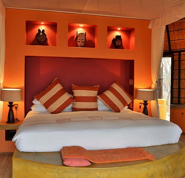 Hoyo Hoyo Safari Lodge Accommodation Bed