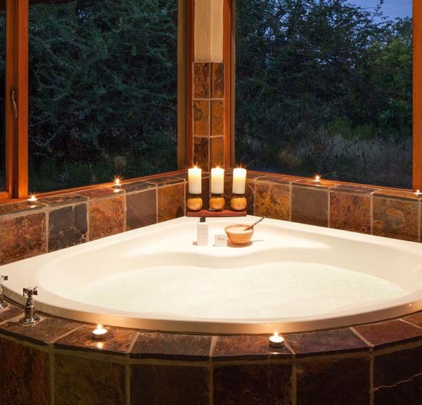 Jackalberry Lodge Bathtub