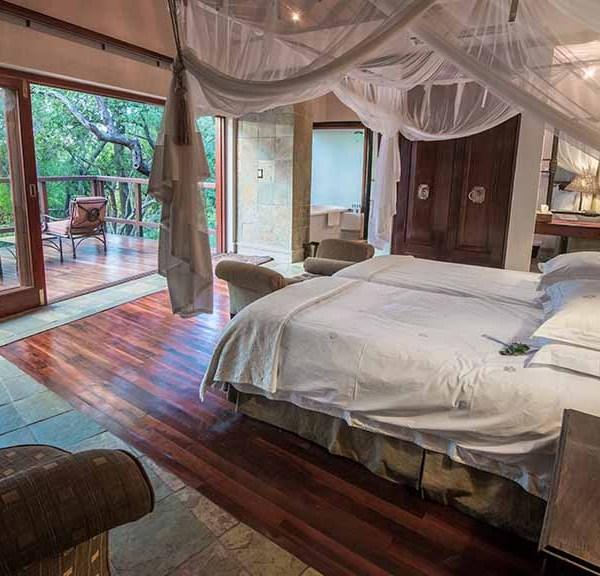 Shumbalala Game Lodge Presidential Suite Bedroom Setting