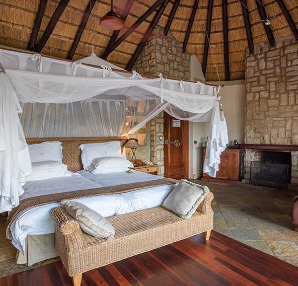 Shumbalala Game Lodge Superior Suite Bedroom Bed