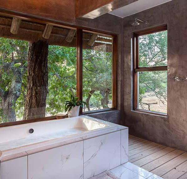 Thornybush Game Lodge Accommodation Bathroom
