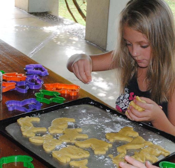 Thornybush Game Lodge Children Activities Cookie Making