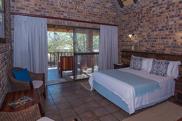 Gomo Gomo Game Lodge Accommodation Bedroom