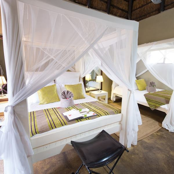Kambaku Safari Lodge Interleading Family Chalet