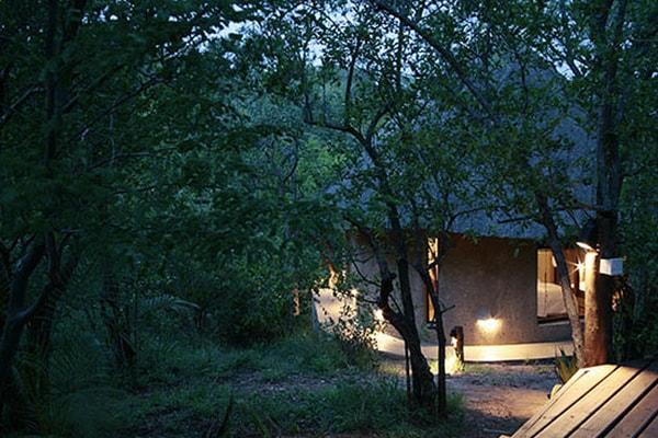 Kgoro Lodge Accommodation Exterior