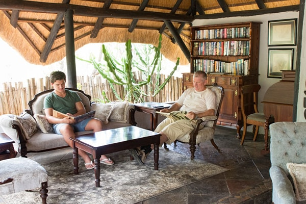 KwaMbili Game Lodge Lounge Area