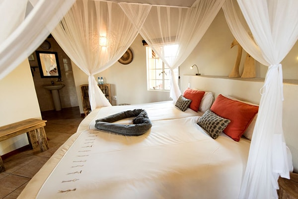 Sefapane River Lodge Bedroom Interior