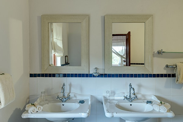 Tintswalo Manor House Bathroom
