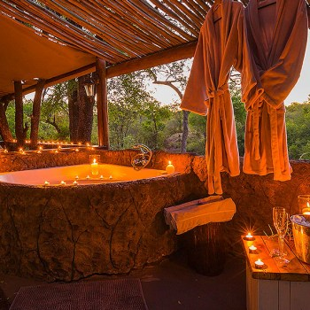 Chapungu Luxury Tented Camp Lovely Stone Bath