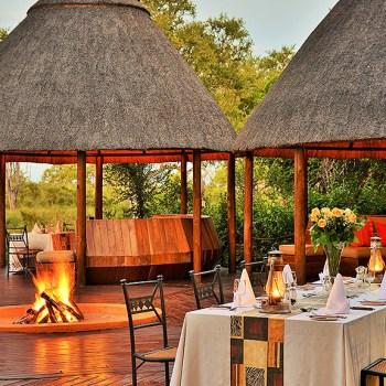 Hoyo Hoyo Safari Lodge Deck Area