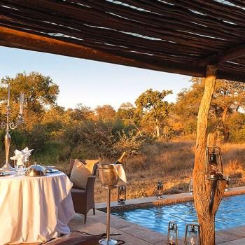 Kings Camp Honeymoon Suite Exterior