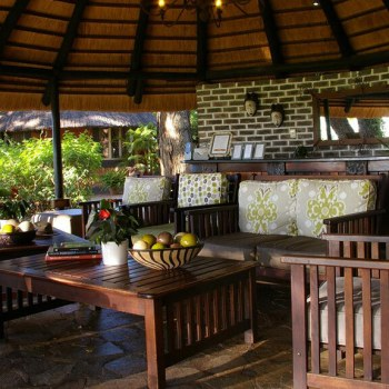 Mohlabetsi Safari Lodge Lounge Area