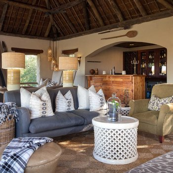 Simbambili Game Lodge Lounge Interior View