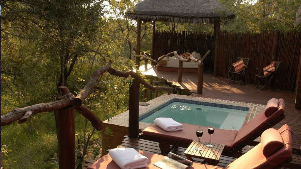 Simbambili Game Lodge Room Deck