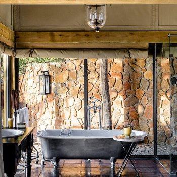 Singita Ebony Lodge Family Suite Bathroom