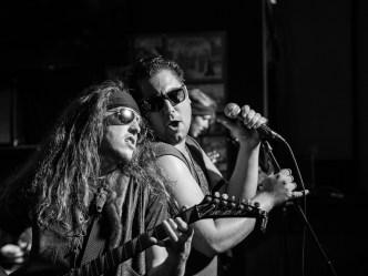 Stynger_Band_On_Stage_Antics_Concert_Photo