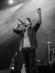 Crossing_Jane_Singer_Concert_Photo