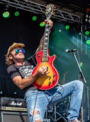 RebelFest_Big_Jesus_Truck_Concert_Photo_Guitarist