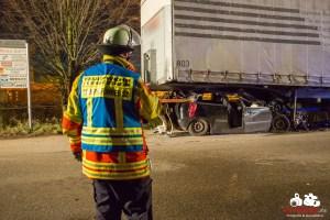 Schwerer Unfall Kornwestheim Westrandstrasse 10.12.2013_0014