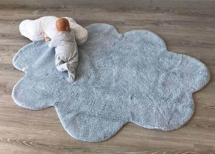tapis bebe motif nuage bleu ciel dream lorena canals