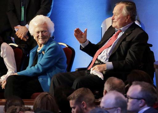 George Bush, Barbara Bush_333377