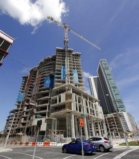 Irma Costruction Cranes_443045