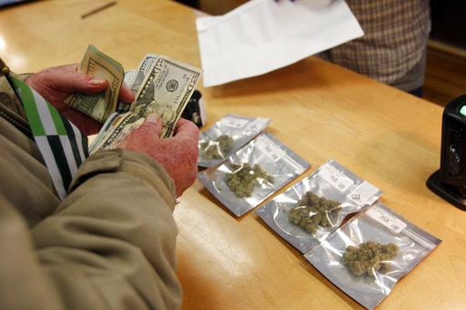 APTOPIX California Marijuana-Open for Business_497930