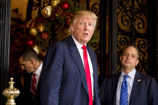 Donald Trump, Reince Priebus, Mike Flynn_521333