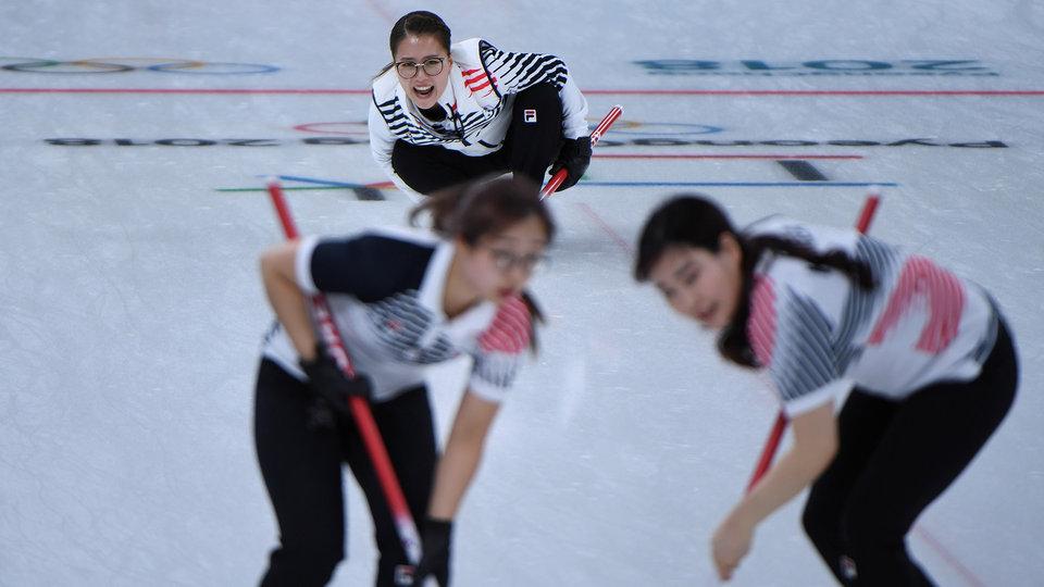 sout_korea_womens_curling_525302