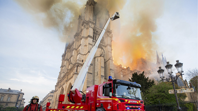 France Notre Dame Fire_1555431293536