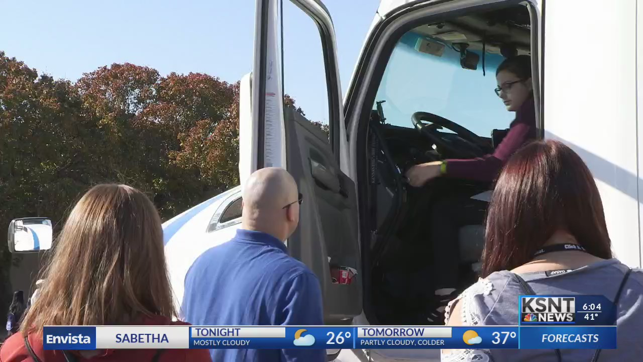 High school students learn how to be safe drivers