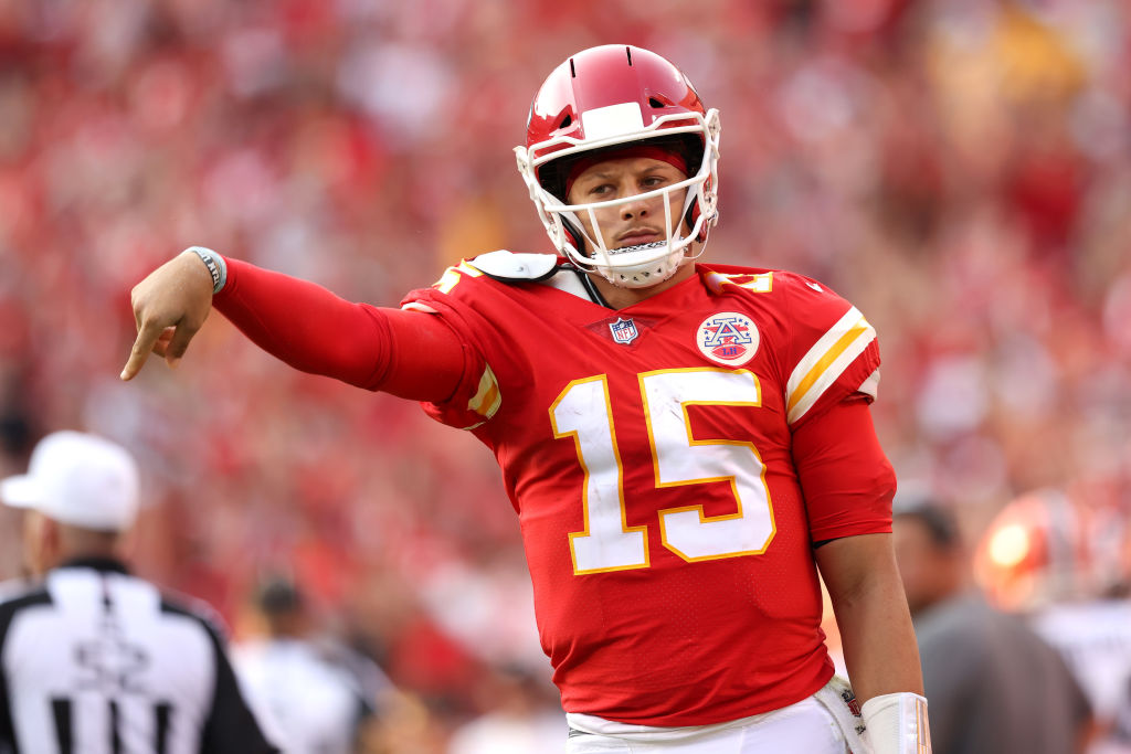 Patrick Mahomes did the sweetest dad thing after Sunday's win against the Browns