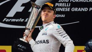 Formula One: Nico Rosberg back on top after Singapore Grand Prix thriller