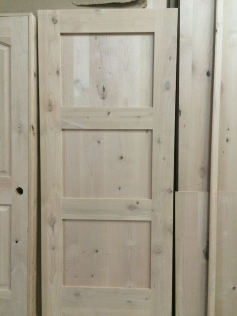 KNOTTY ALDER 3 PANEL SHAKER STYLE INTERIOR DOOR IN 1009