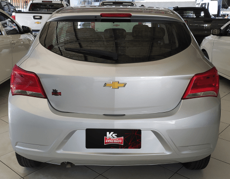 Chevrolet_Onix_Joy_KS_Veiculos_03