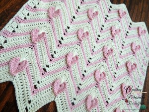 © Crafting Friends Designs Heartbeat Chevron Afghan by Kate Wagstaff