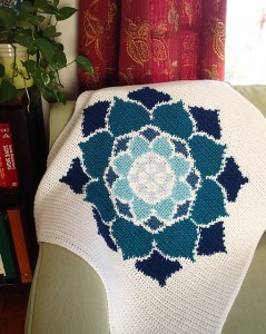© Susan E. Kennedy The Lotus Rose Blanket by Susan E. Kennedy (crochet)