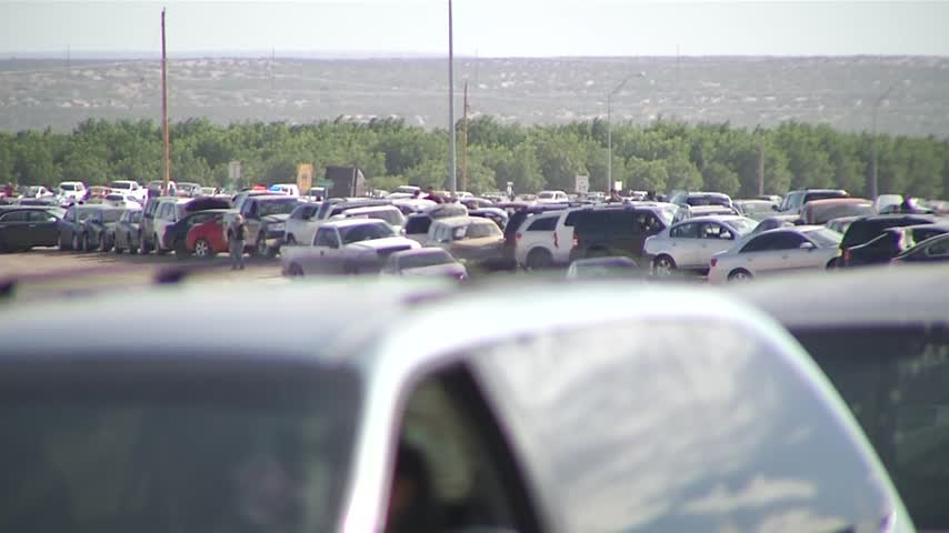 County will put up -no parking- signs near Tornillo port_17038157-159532