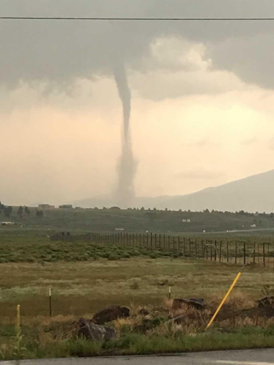 landspout tornado Nate Kite2_1533848098469.jpg-846624080.jpg
