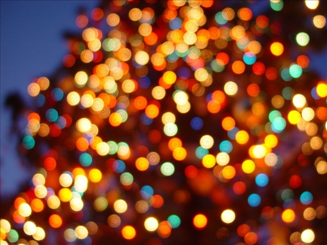christmas_lights_mgn_1513360865181.jpg